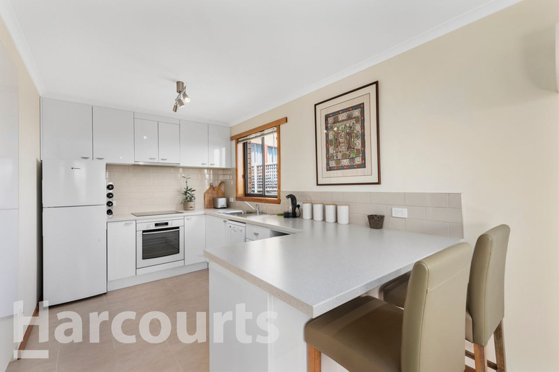 Photo - 2/469 Oceana Drive, Howrah TAS 7018  - Image 1