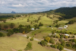 48 ha Lifestyle Property with everything you want and