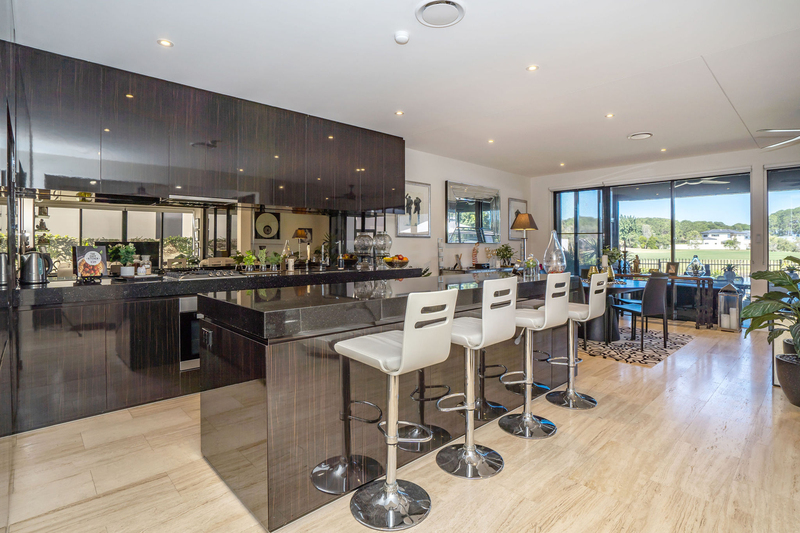 2490 The Parkway, Sanctuary Cove QLD 4212