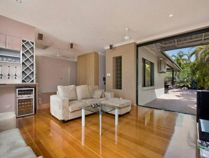 Photo - 25 Cullen Bay Crescent, Cullen Bay NT 0820  - Image 2