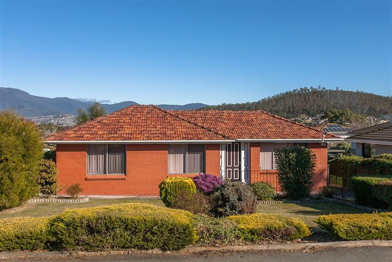 25 Kenton Road, Geilston Bay TAS 7015
