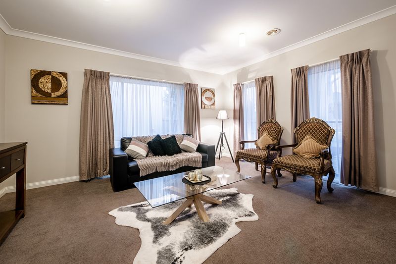 Photo - 25 Yammerbook Way, Cranbourne East VIC 3977  - Image 4