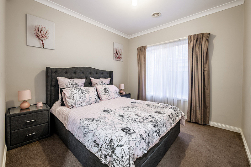 Photo - 25 Yammerbook Way, Cranbourne East VIC 3977  - Image 14