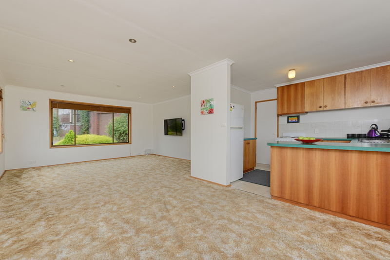 Photo - 2/53 Girrabong Road, Lenah Valley TAS 7008  - Image 5