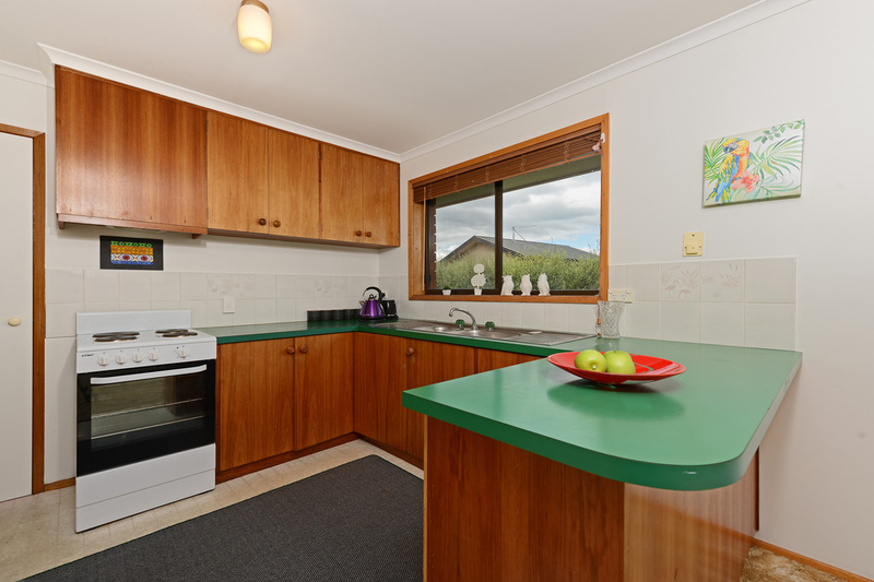 Photo - 2/53 Girrabong Road, Lenah Valley TAS 7008  - Image 6