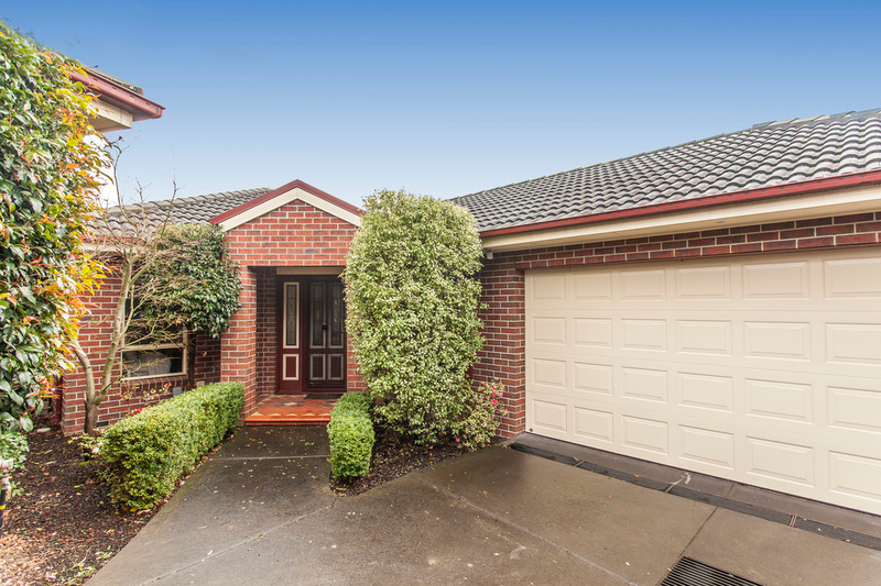 2/54 Warnes Road, Mitcham VIC 3132