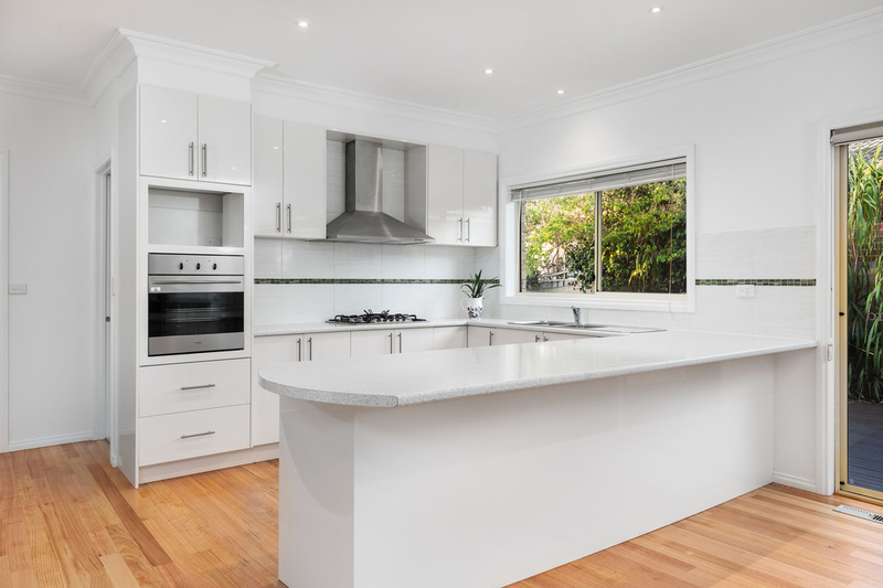 Photo - 2/55 Delta Road, Greensborough VIC 3088  - Image 5
