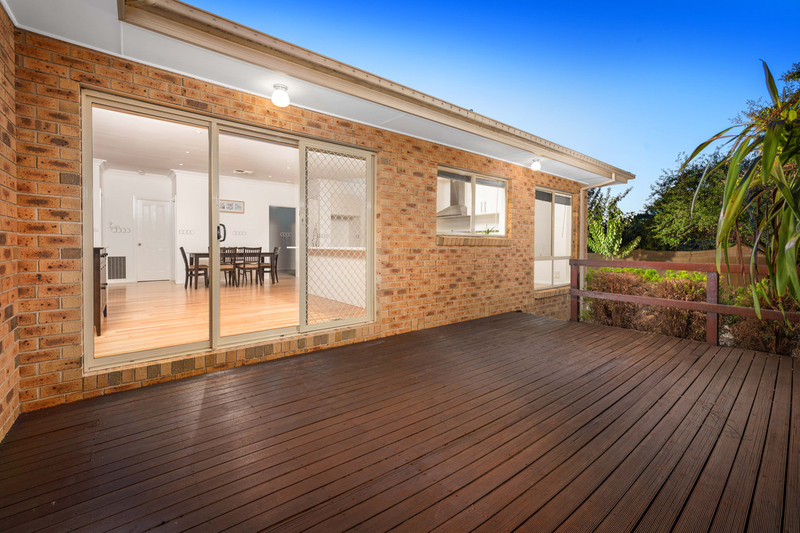 Photo - 2/55 Delta Road, Greensborough VIC 3088  - Image 12