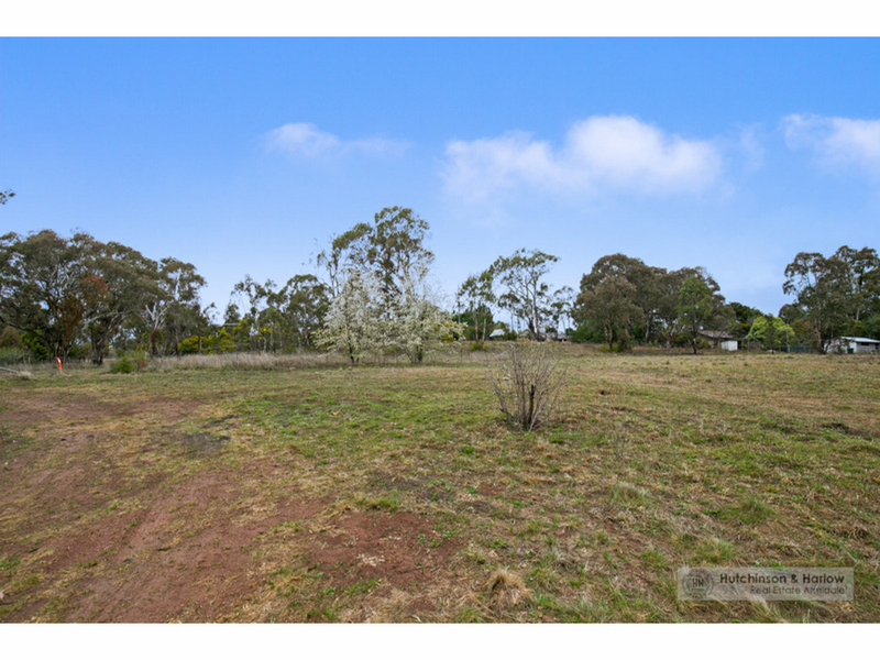 26 Hillview Road, Armidale NSW 2350