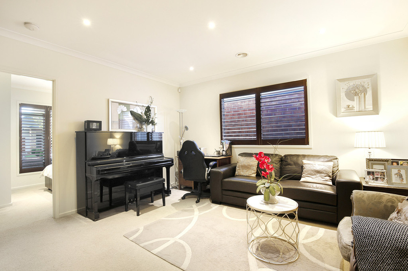 Photo - 26 Seagrass Crescent, Point Cook VIC 3030  - Image 9
