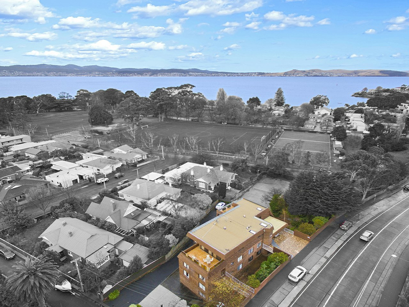 2/620 Sandy Bay Road, Sandy Bay TAS 7005