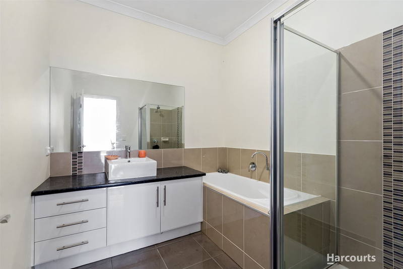 Photo - 2/7 Blue Gum Court, Pakenham VIC 3810  - Image 7