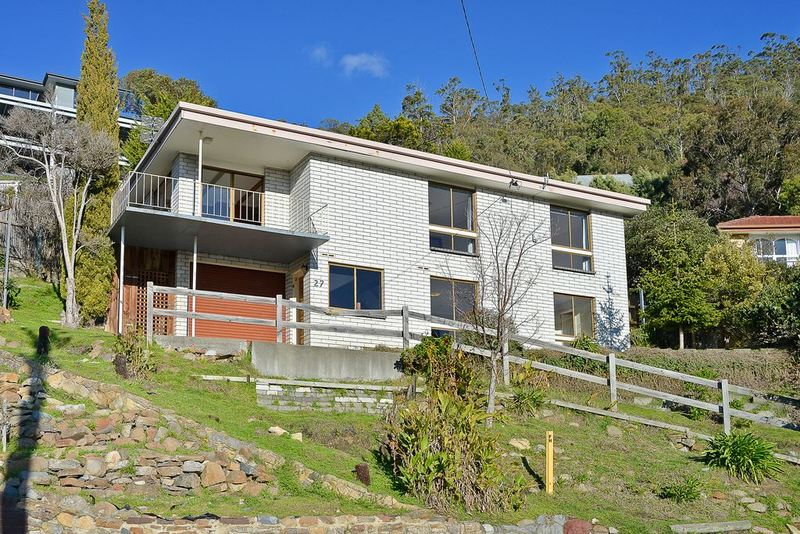 27 Clift Street, Mount Stuart TAS 7000