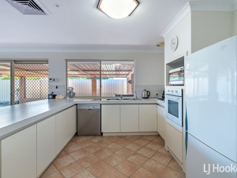 Photo - 27 Coolberry Road, Huntingdale WA 6110  - Image 2