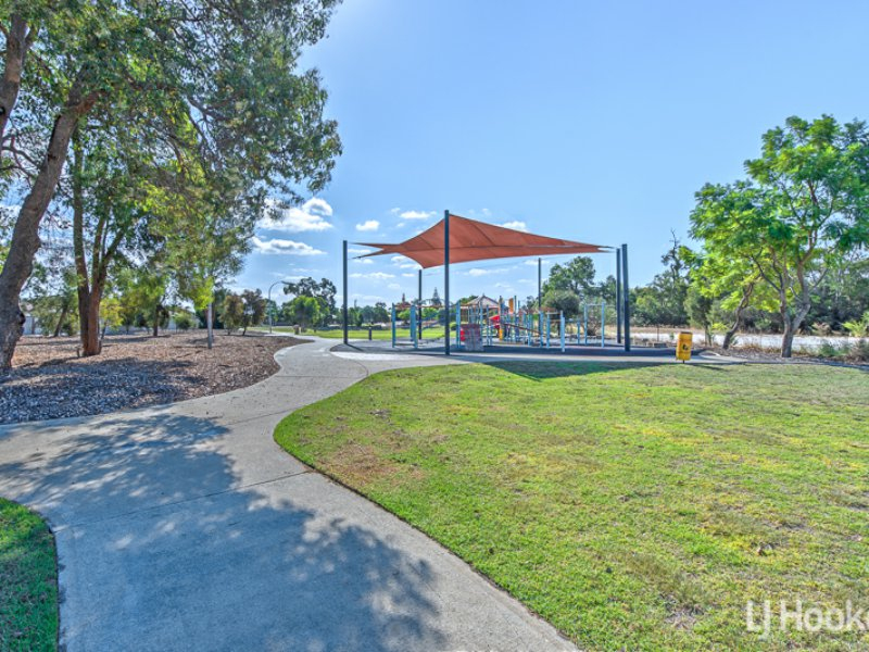 Photo - 27 Coolberry Road, Huntingdale WA 6110  - Image 14