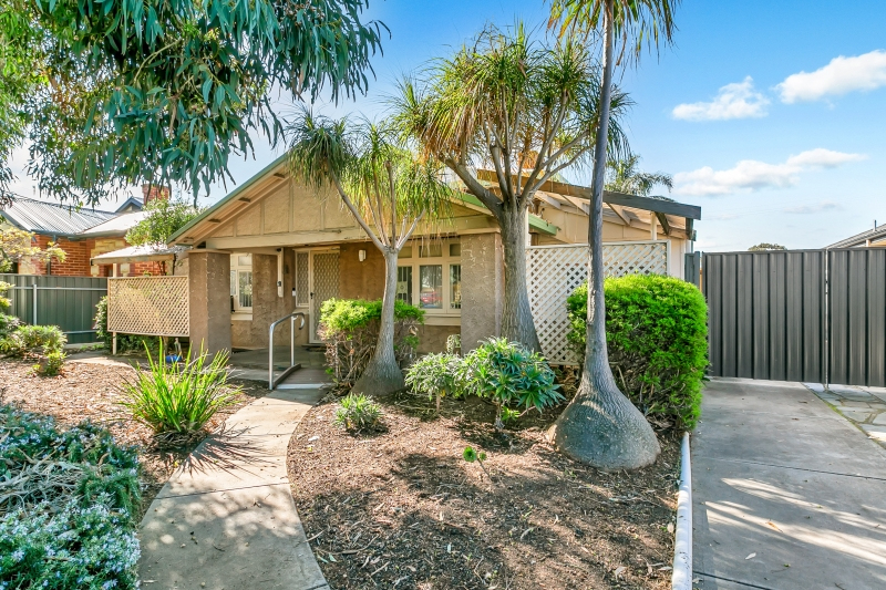 27 Green Road, Woodville West SA 5011