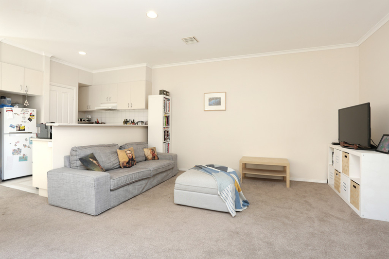 Photo - 27 Mcnamara Mews, Kensington VIC 3031  - Image 2