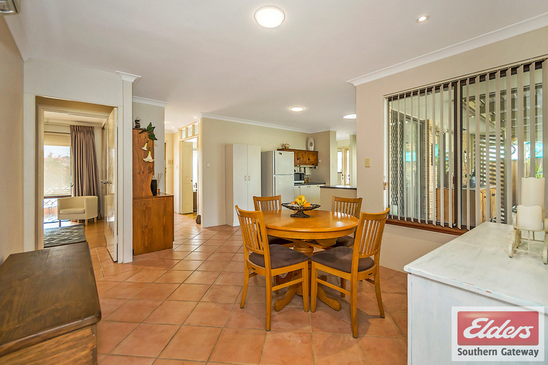 Photo - 27 Norring Street, Cooloongup WA 6168  - Image 5