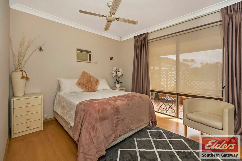 Photo - 27 Norring Street, Cooloongup WA 6168  - Image 7