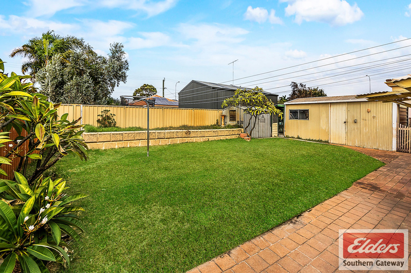 Photo - 27 Norring Street, Cooloongup WA 6168  - Image 17