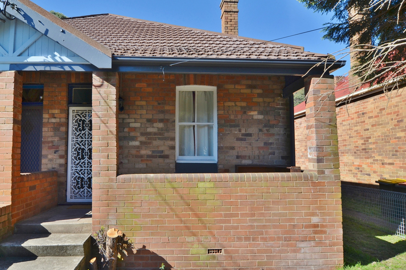 27 Redgate Street, Lithgow NSW 2790
