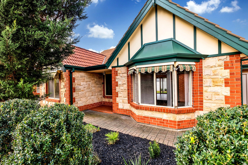 2/7 Royal Close, Findon SA 5023