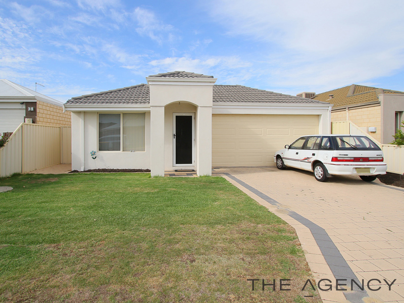 27 Tipperary Bend, Canning Vale WA 6155