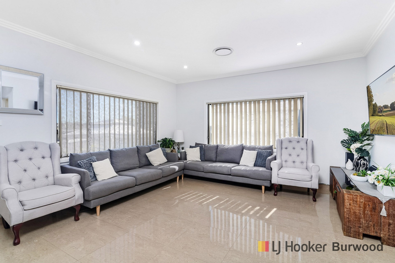 Photo - 274 Waterloo Road, Greenacre NSW 2190  - Image 2