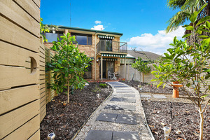 Spacious Townhouse With That Maroochy River Lifestyle!