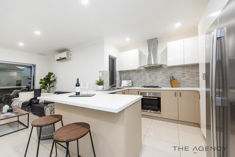 Photo - 27C Peppering Way, Westminster WA 6061  - Image 3