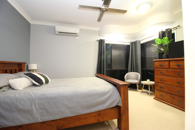 Photo - 28 Jeppesen Drive, Emerald QLD 4720  - Image 13