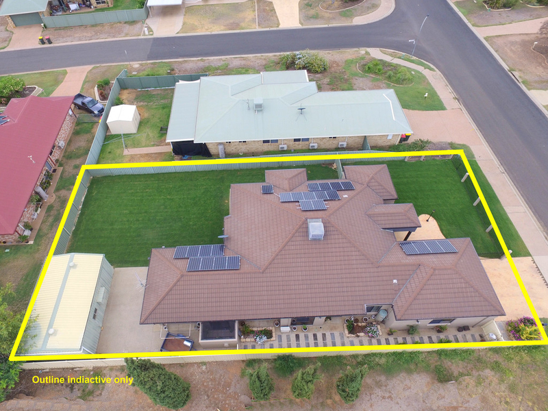 Photo - 28 Jeppesen Drive, Emerald QLD 4720  - Image 25