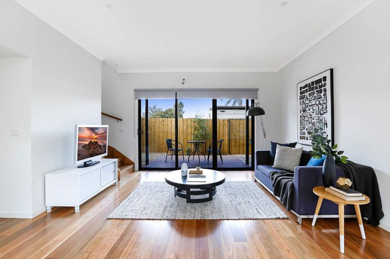 Photo - 2/8 Rowan Street, Glenroy VIC 3046  - Image 3