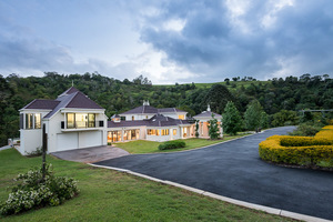 TO BE SOLD 'DECEASED ESTATE' - 13.67HA - LOCATED ON OBI OBI CREEK - STUNNING EXECUTIVE HOME