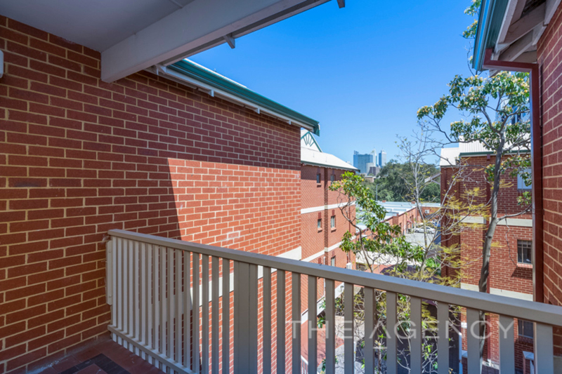Photo - 29/48 Wellington Street, East Perth WA 6004  - Image 12