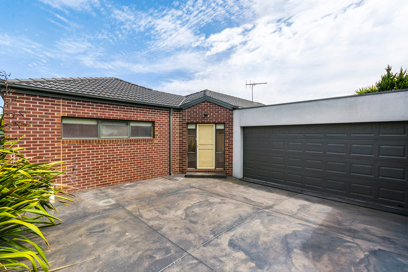 2/97 East Boundary Road, Bentleigh East VIC 3165