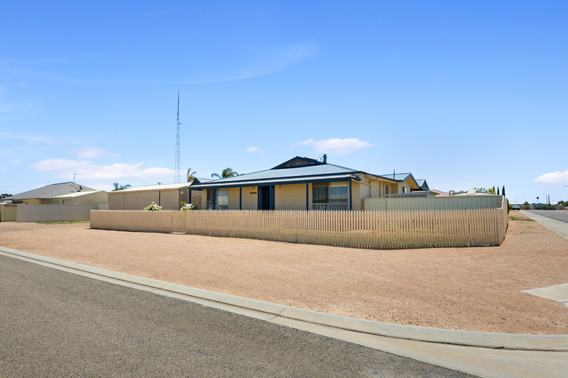 3 Harbison Road, Wallaroo SA 5556