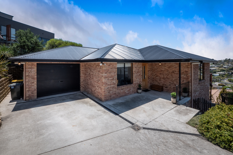 Photo - 3 Lowrie Place, Glenorchy TAS 7010  - Image 2