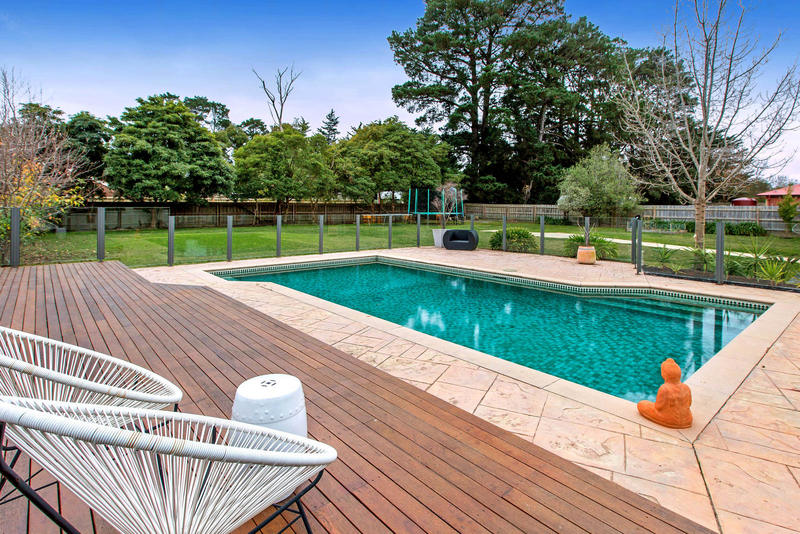 3 Rosedale Grove Frankston South Vic 3199