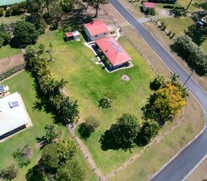 SUPERB SMALL ACREAGE PACKAGE 3001m2