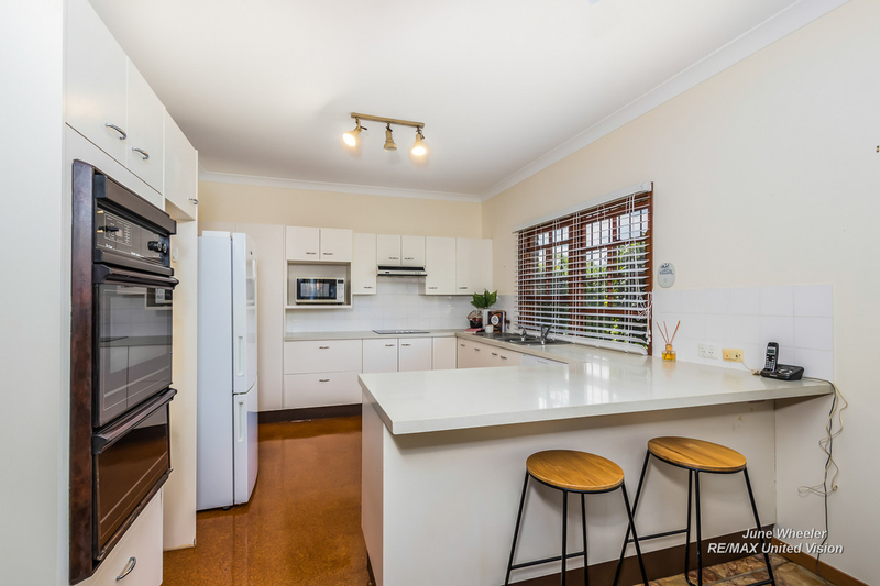 Photo - 31 Breadalbane Street, Carindale QLD 4152  - Image 6