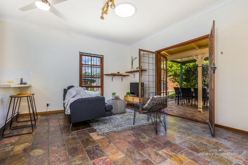 Photo - 31 Breadalbane Street, Carindale QLD 4152  - Image 8