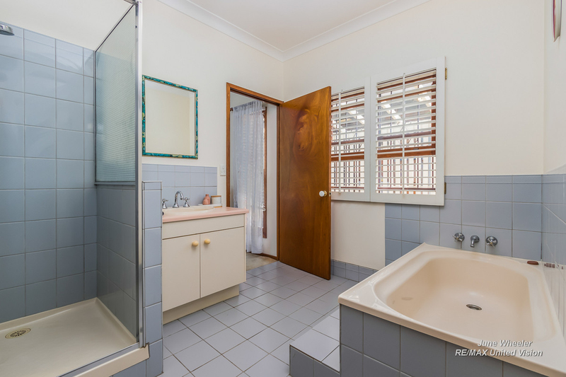 Photo - 31 Breadalbane Street, Carindale QLD 4152  - Image 13