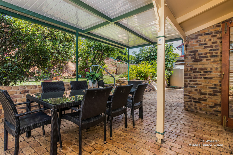 Photo - 31 Breadalbane Street, Carindale QLD 4152  - Image 15