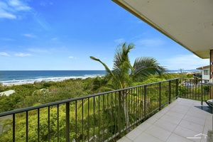 Beachside home with dual living potential