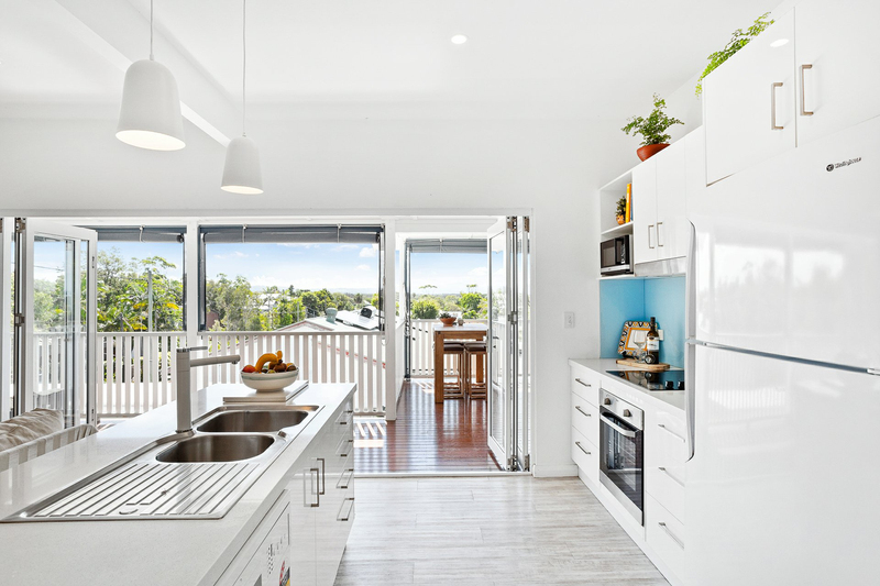 Photo - 31 Seaview Street, Byron Bay NSW 2481  - Image 5
