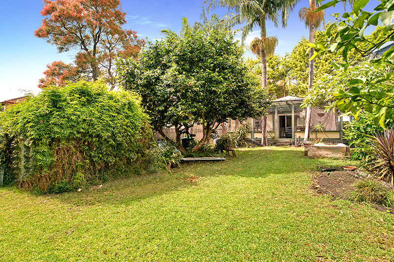 31 Surfers Parade, Freshwater NSW 2096