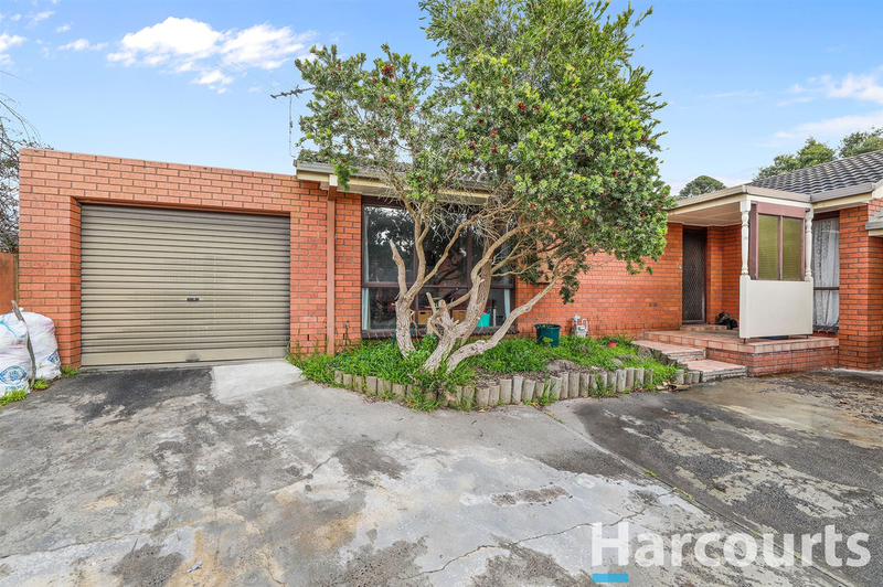 3/12 Young Street, Drouin VIC 3818