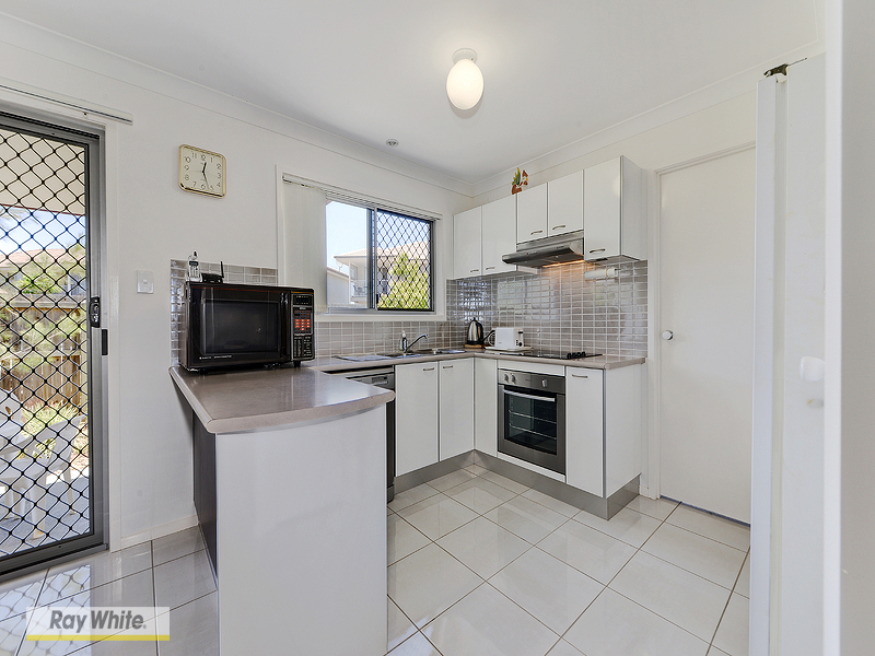 Photo - 31/350 Leitchs Road, Brendale QLD 4500  - Image 3