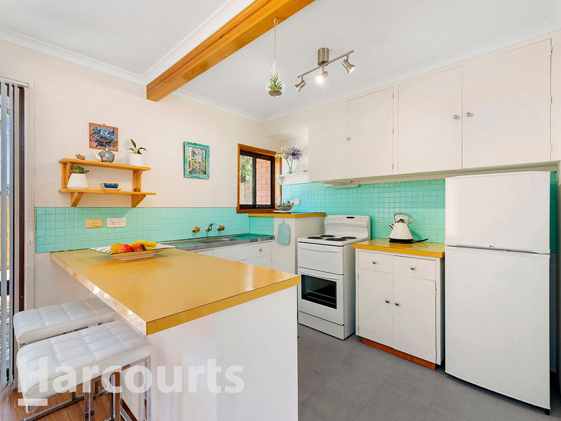 Photo - 3/2 Clifford Court, Howrah TAS 7018  - Image 2